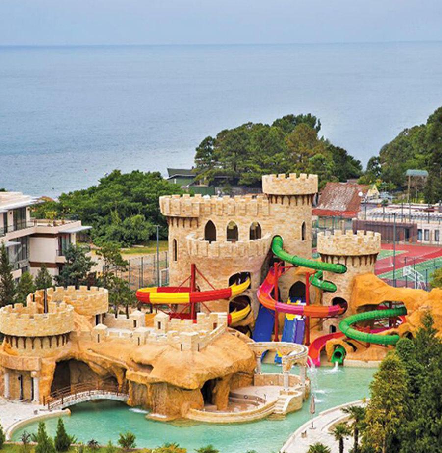 יולי אוגוסט בבטומי במלון עם פארק מים