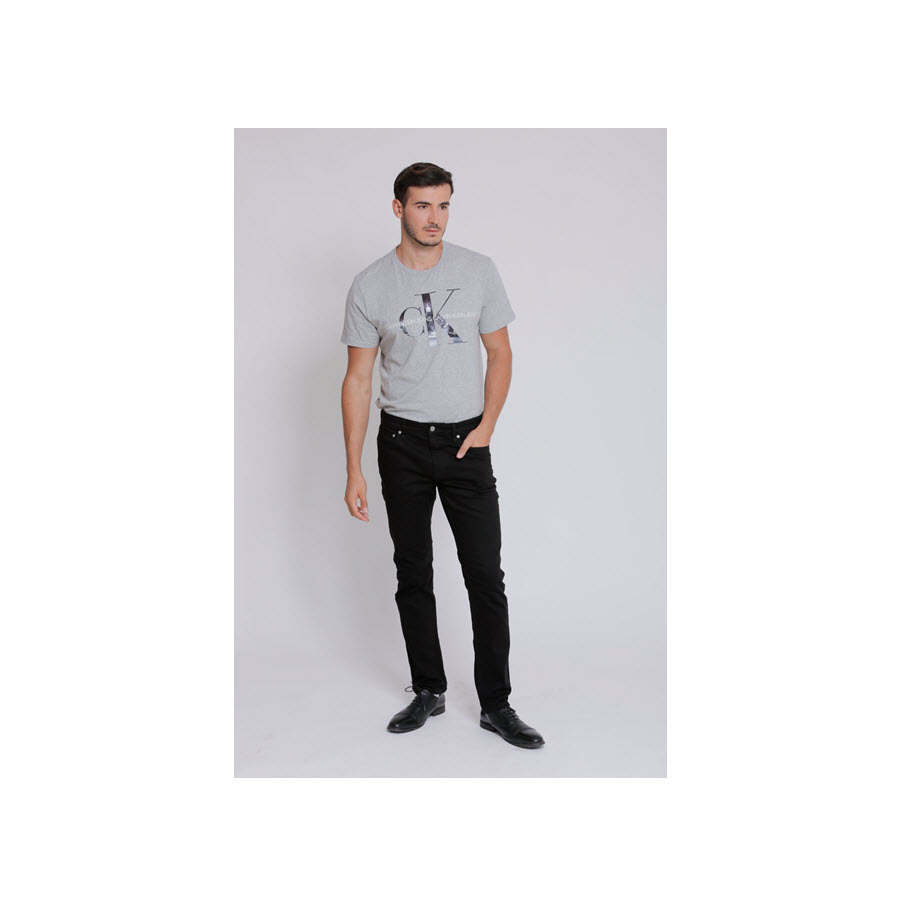 ג'ינס לגבר גזרת סלים פיט Calvin Klein קלווין קליין